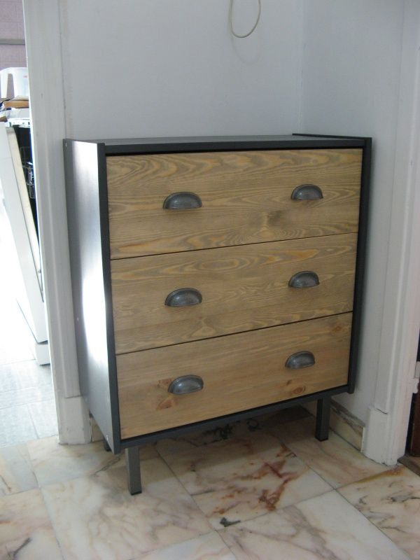 Commode rast industrielle personnalis e m taux fils et for Ikea commode pin