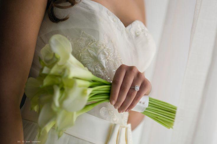Wedding Details: Getting Ready by Pavel Voronenko