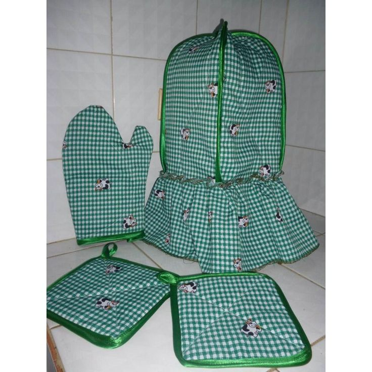 Juego de cocina, tapalicuadora, guantes y agarradores de ollas, en tela a cuadritos