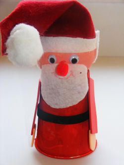 Cup And Ball Santa Craft