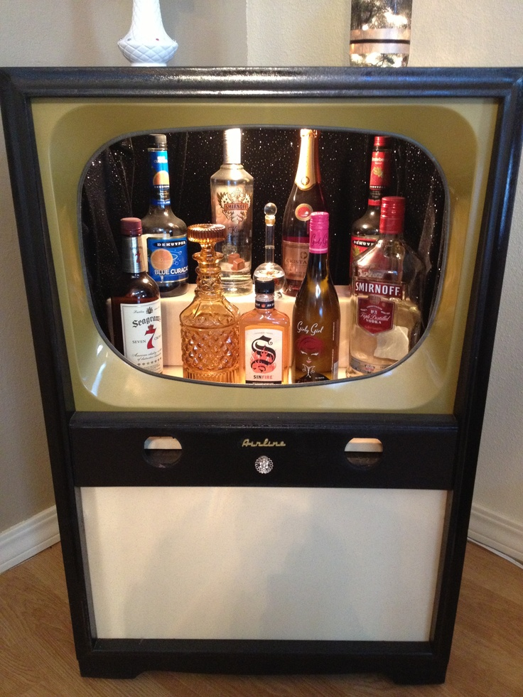 Vintage TV repurposed into a very cool Liquor Cabinet