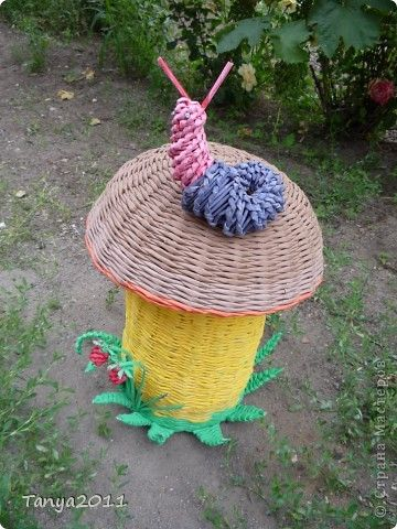 Декор предметов Плетение Первый пошёл  грибок плетение из газет МК Бумага газетная фото 1