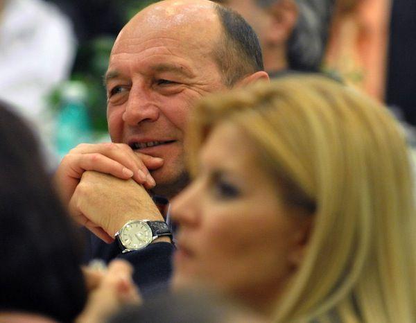 Sosia lu' Traian Basescu se afla inca in PDL !