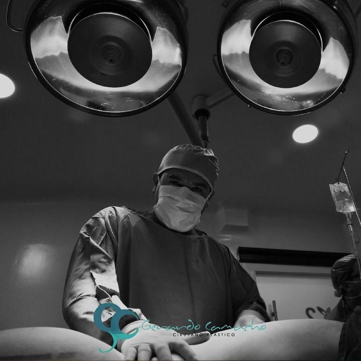 Esculpiendo cuerpos y mejorando vidas cada día gracias a mi profesión,  o imagino sentimiento más gratificante que tener un impacto positivo en el mundo y en la vida de una persona que confía en tus capacidades  Dr. Gerardo Camacho Cirujano Plástico Estético y Reconstructivo Miembro de la Sociedad Colombiana de Cirugía Plástica S.C.C.P Bogotá Colombia Comunícate al +57 3187120345 (WHATSAPP) Para saber más ingresa a www.gerardocamacho.com #cirujanobogotá #cirugíaplásticabogotá…
