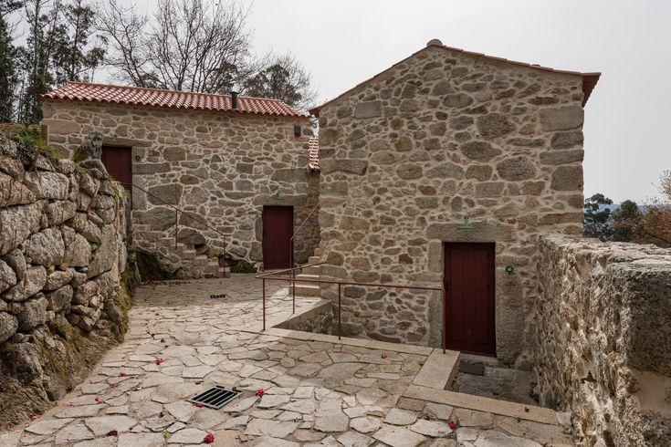 Gallery of Rural Houses Refurbishment in Trebilhadouro / André Tavares - 1