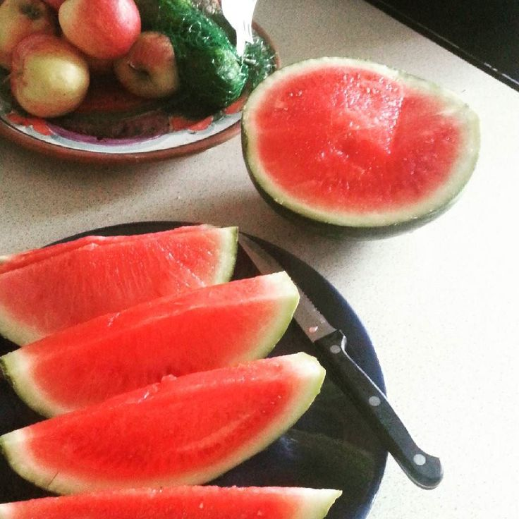 I love Watermelon  Lots of Vitamins & Minerals :) #watermelon #fitness #fitfam #diabetic #typeonediabetic #insulindependent #lowcarb #happyman #vitamins #minerals  #healthyfood #healthy by glenns152