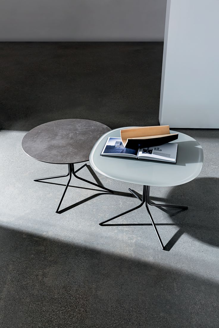 GENIUS design by Gianluigi Landoni   This original and versatile series of coffee tables is available in different shapes, sizes, materials for the top and in different finishes for the metal base. Ideal as lamp/coffee table, it perfectly matches with any kind of seat, thanks to its lively personality.  #Sovetitalia #design #interior #coffeetable #archilovers #designlovers #homedecor #inspiration #style