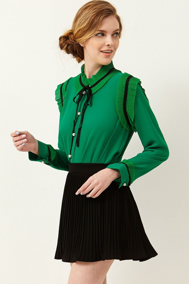 Sonia Pearl Pleated Blouse Discover the latest fashion trends online at storets.com