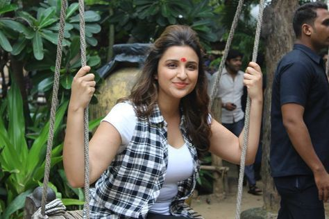 Parineeti Chopra in Daawat E Ishq Promotion in A Bad