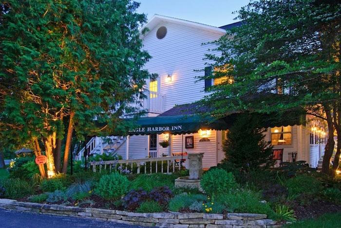 Eagle Harbor Inn ~ Tourmappers preferred hotel in Door County, Wisconsin.