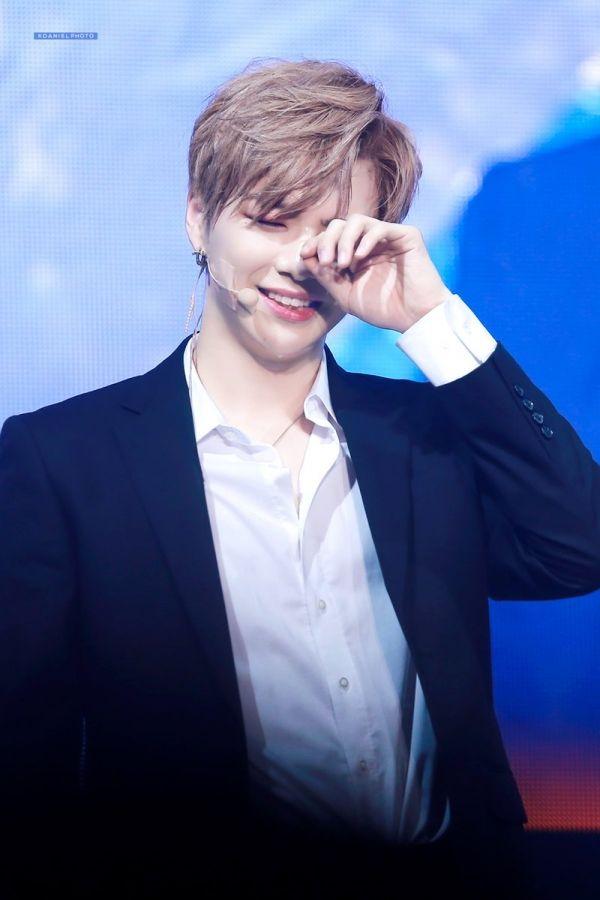 Những idol nam dù không đúng chuẩn visual Hàn nhưng vẫn hút non fan ầm ầm - TinNhac.com