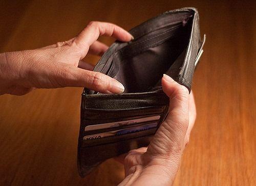 Ai nevoie de bani urgent? Ia un credit online