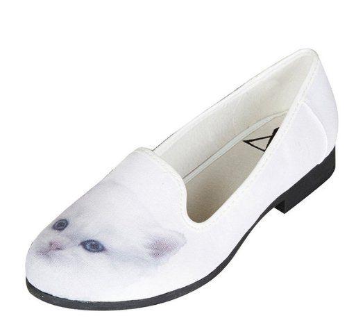 $45 Canvas Flat Shoes #cat #whitecat #kitten #style #flatshoes #womenswear @Kitty Edisto Purring