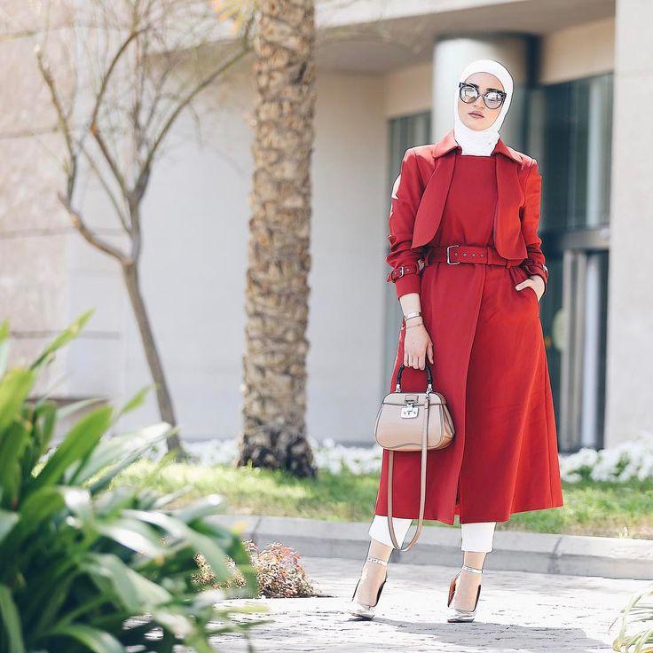 Wholesale Muslim Style Long Sleeve Slit Long Dresses