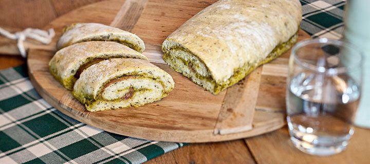 opgerold pesto brood