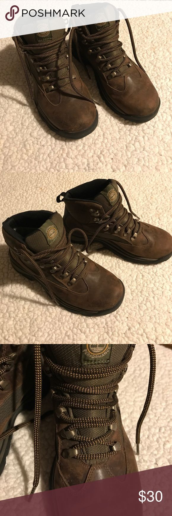 Sz 7 Timberland Boots Dark Brown Gore-Tex Great boots! Chocolate brown color. Light used. Genuine leather. Timberland Shoes Lace Up Boots