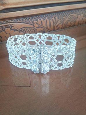 HÇ 1000ayar gümüşten yapılmış bileklik