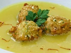 El guisillo de San José es una sopa típica del pueblo malagueño Villanueva del Trabuco. Se trata de un plato muy sencillo hecho a base ...
