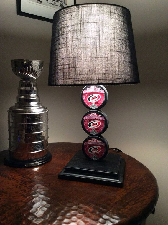 Ina Hurricanes 2006 Stanley Cup Hockey Puck Lamp On 65 00