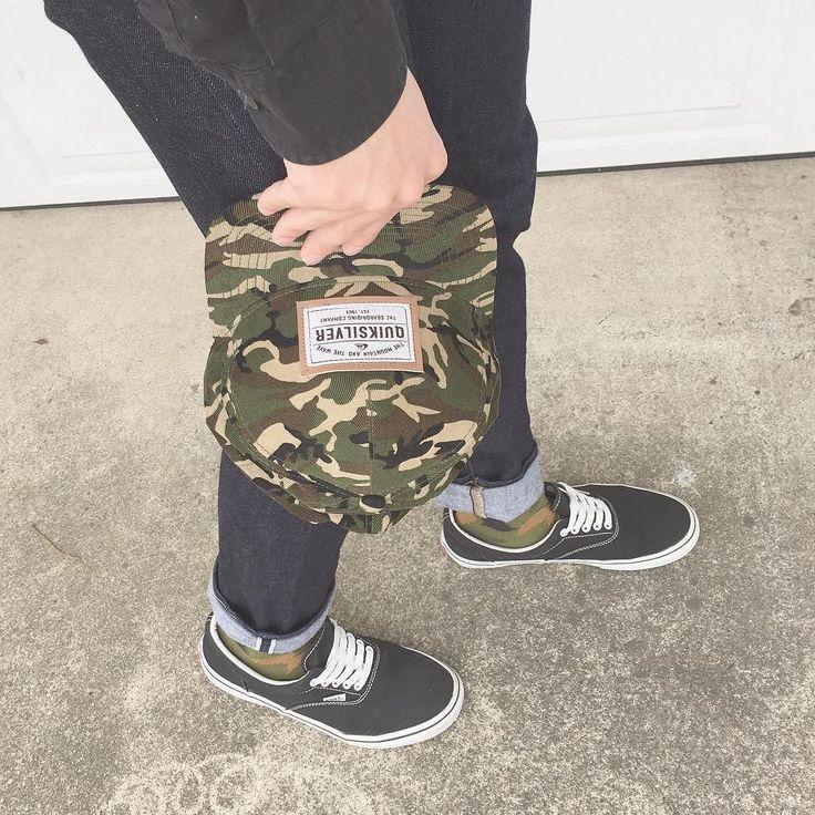 少しずつ迷彩柄をとりいれていく  #gap #shirt #uniqlo #pants #champion #socks #vans #sneakers #kicks #quiksilver #caps #sockstagram #kickstagram #足元倶楽部 #chapterで足元倶楽部 #靴下コーデ #足元くら部 #スニコレ部 by coffee.00