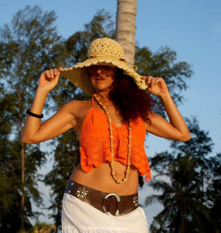 Summer's Back! Handmade in Bali All Cotton Top Different Color Bikini Uncinetto Canotta Costume Arancione Crochet Boho Hippie Gipsy Festival di BeHappieWorld su Etsy
