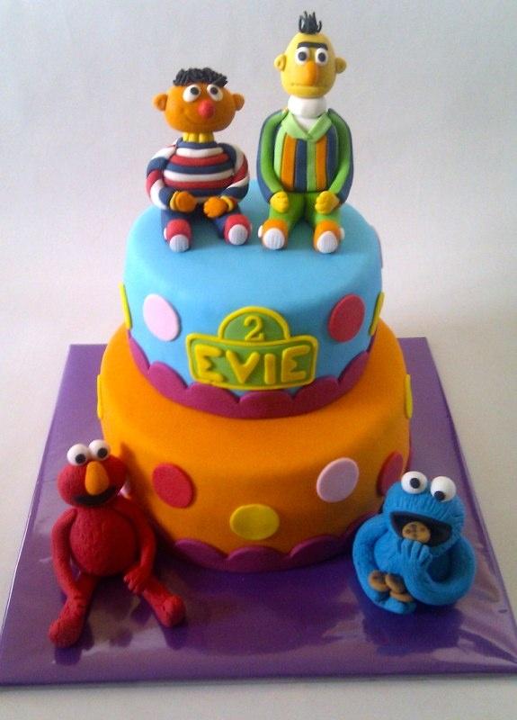 Sesame Street Cake www.detaartjeshemel.nl