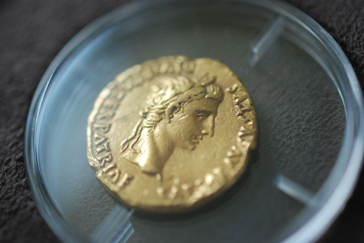 Originální zlatá mince z exklusivní sbírky římských mincí.  #romancoin