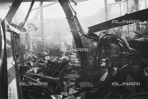 Tecnomaso in via De Castilia dopo i bombardamenti, 1943