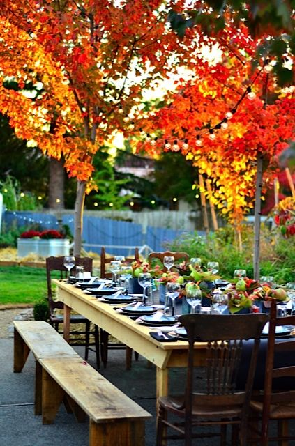 Fall Dinner Party with Farm Table and Benches @laciellacy ReluctantEntertainer.com