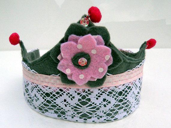 Felt crown Felt crown for the Princess  Gray felt crown