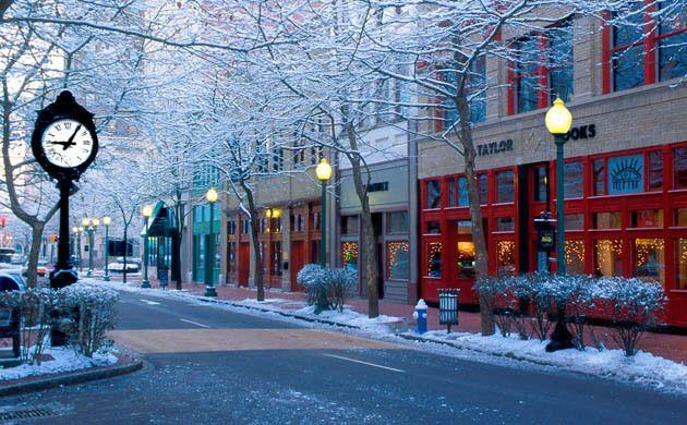 Charleston, WV – Capitol Street – Winter Scene