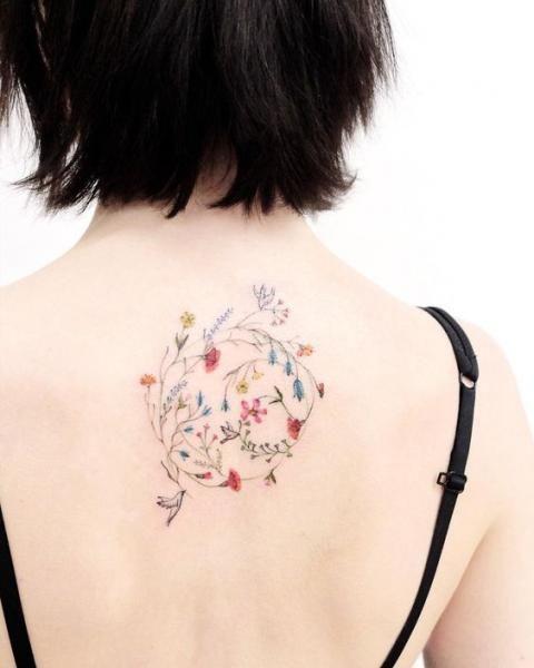 Frühlingshafte Tattoo-Ideen, um die neue Jahresze…