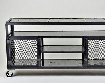 68 console média industriel meuble de tv par RusticSantaFe sur Etsy