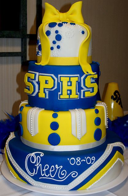 cheer cake | SPHS Cheer Banquet Cake | Flickr - Photo Sharing!