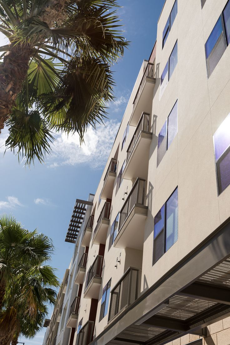 Capital Place luxury apartments in Pheonix offers