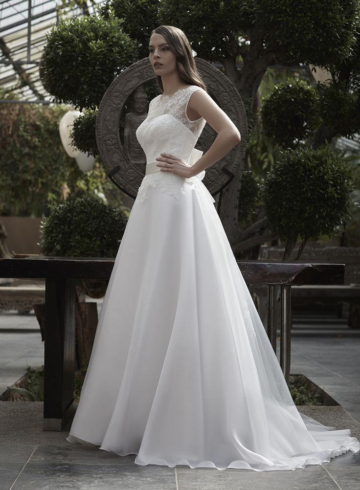 Mysecret Sposa Collezione Zaffiro Cod. 17118  #mysecretsposa #sposa #collezionesposa #abitidasposa #wedding #weddingdress #bride #abitobianco