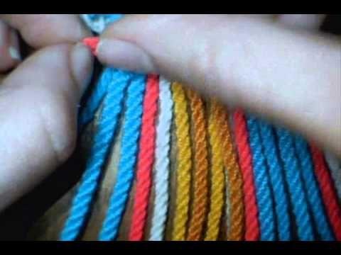 Repetir los pasos hasta el largo deseado Hilo miratex Agujas plasticas (AGUJA ESTAMBRERA PLASTICO) como hacer gasa, fajon tipo wayuu tira para bolsa wayuu ti...