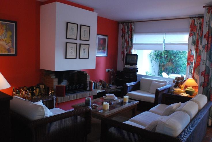 #Decoracion #Clasico #Sala de estar #Accesorios #Sillones #Mesas de centro #Lamparas #Sofas