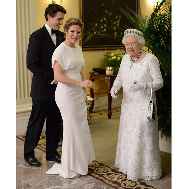 Sophie Grégoire-Trudeau's stylish meeting with the Queen