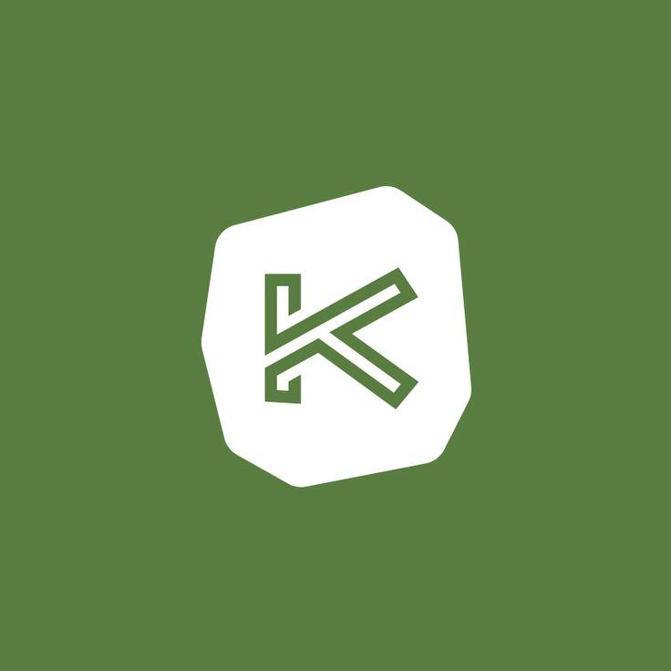 FOX Creative. Σχεδιασμός λογοτύπου και εντύπου για τον ξενώνα Καπανιάρης. / Logo and brochure Design for the Kapaniaris guesthouse.