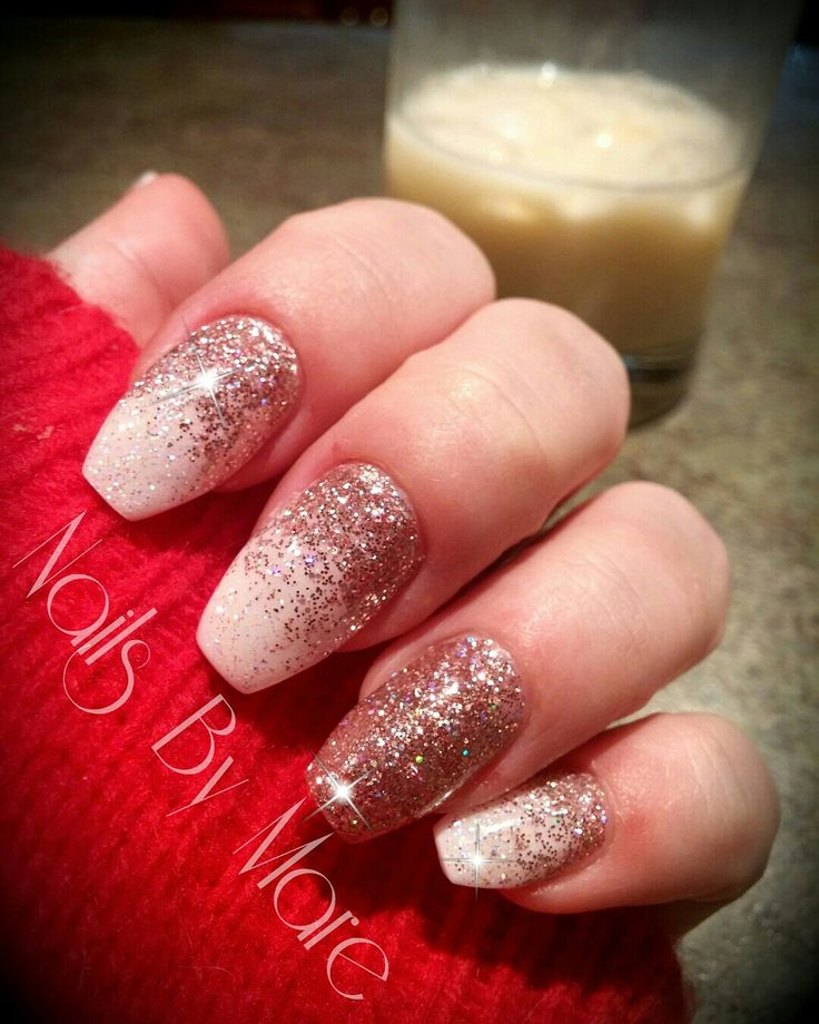 Welsh gold and white gel nails. Glitter nails. Rose gold. #FuzionUvGel #nailsbymare