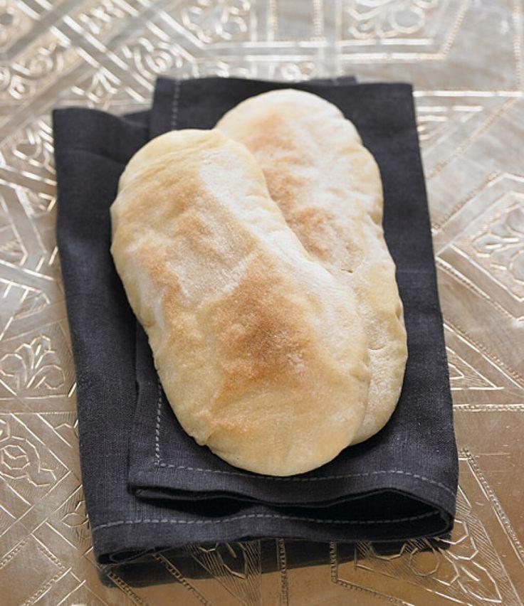 Rezept für Fladenbrote aus der Pfanne bei Essen und Trinken. Ein Rezept für 8 Personen. Und weitere Rezepte in den Kategorien Getreide, Beilage, Party, Brot / Brötchen, Backen, Afrikanisch, Einfach, Raffiniert.