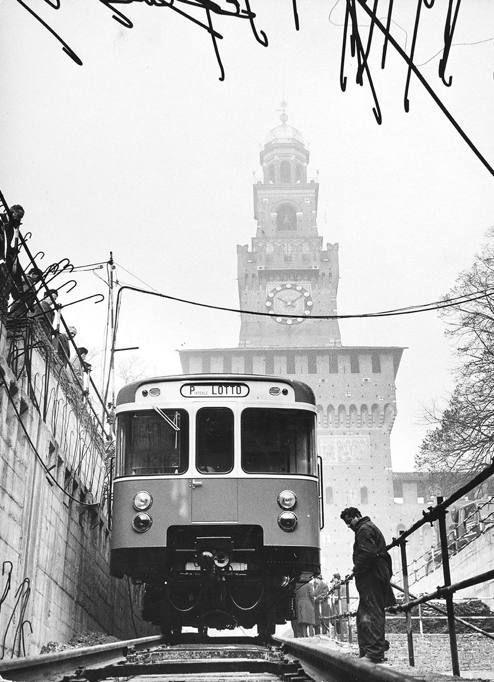 M1, la rossa compie 50 anni (Corriere Milano) #milano #storia #fotografia #metro