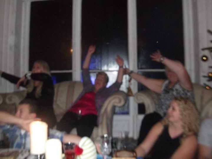 Christmas party at Bonnie's home in Wales #bonnietyler