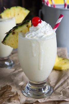 Pina Colada Smoothie - I Wash You Dry - cool drink after a long day. Wishing I was at the beach now..