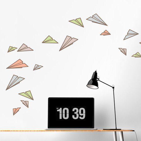 Papierflieger gedruckt Wall Decal – Papier Flugzeuge Aufkleber, Papier Flugzeug Kunst, Papier Flugzeug Aufkleber, modern – Products