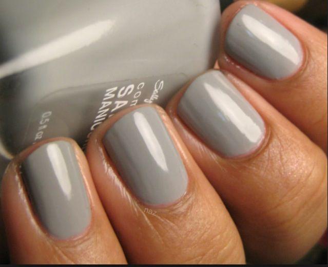 Pretty Nails grey