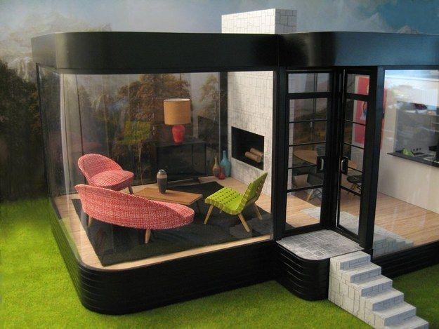 Este increíblemente retro moderno pied-à-terre | 41 Casas de muñecas que te harán desear ser una pequeña muñeca