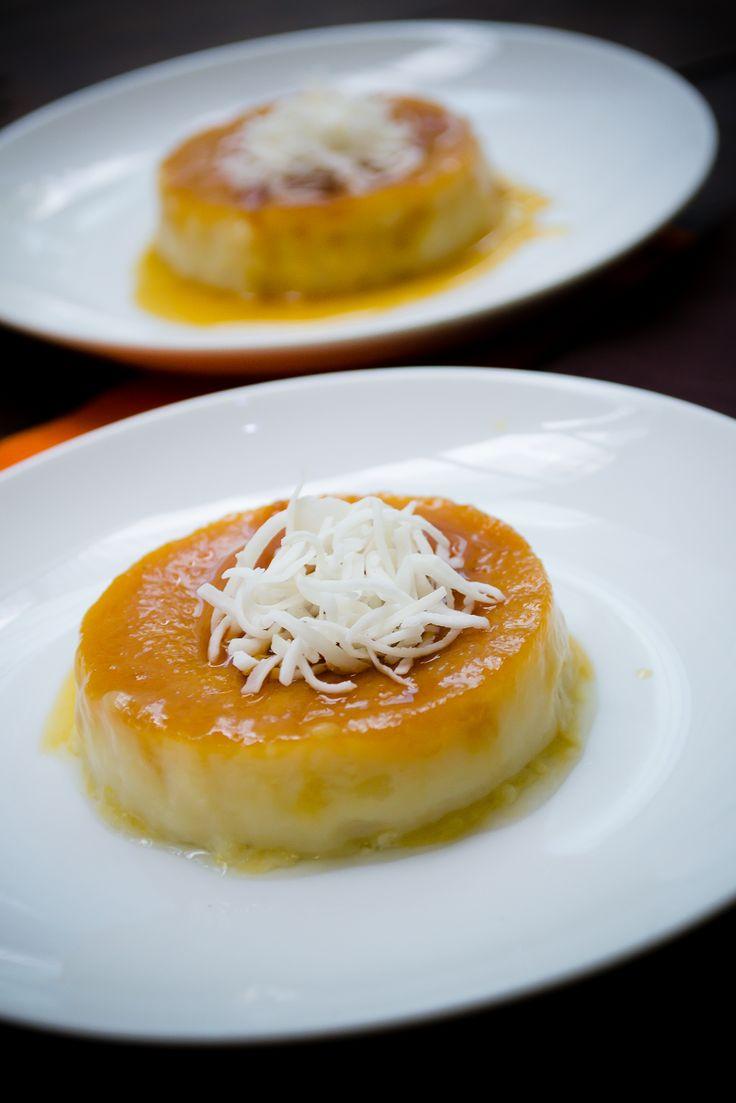 Prepara un delicioso flan de coco, su textura y sabor son deliciosos.