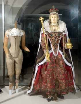 Elizabeth I's funeral effigy in Westminster Abbey: made by John Colte, 1603, remade 1760.